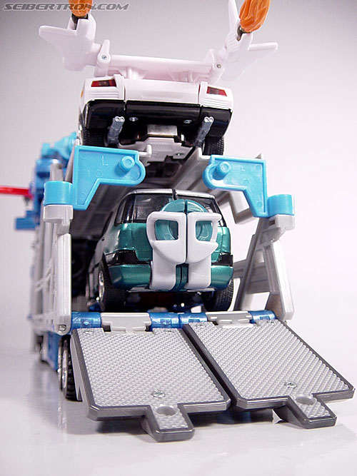 Transformers Robots In Disguise Ultra Magnus (God Magnus) (Image #29 of 102)