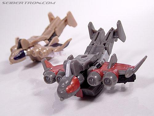 Transformers Armada Gunbarrel (Glide) (Image #1 of 36)