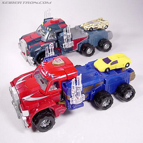Transformers Armada Optimus Prime (Convoy) (Image #22 of 70)