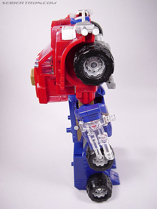 Transformers Armada Optimus Prime (Convoy) (Image #28 of 70)