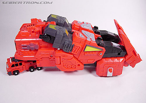 Transformers News: Top 5 Most Indistinguishable Alt Modes Among Transformers Toys