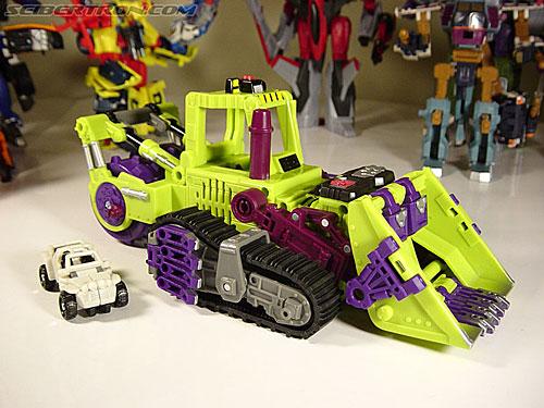 Transformers Armada Scavenger (Devastar) (Image #1 of 26)
