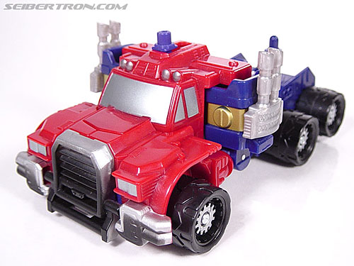 Transformers Armada Optimus Prime (STD Convoy) (Image #1 of 52)