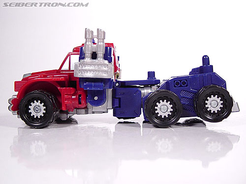 Transformers Armada Optimus Prime (STD Convoy) (Image #7 of 52)