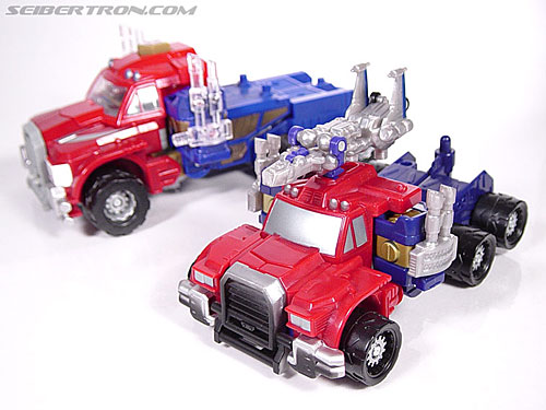 Transformers Armada Optimus Prime (STD Convoy) (Image #14 of 52)