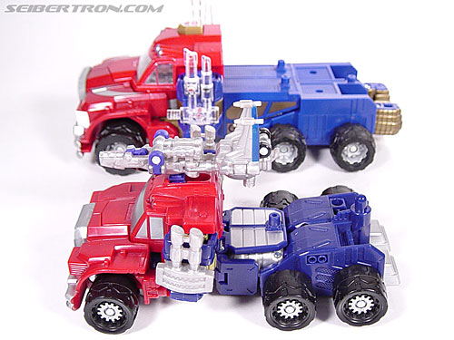 Transformers Armada Optimus Prime (STD Convoy) (Image #15 of 52)