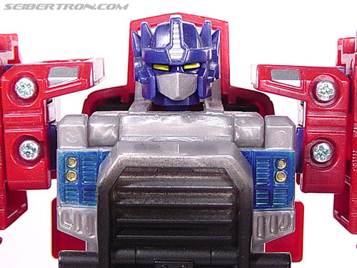 Transformers Armada Optimus Prime (STD Convoy) (Image #19 of 52)