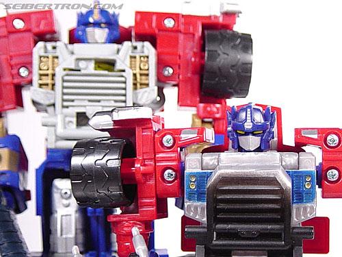 Transformers Armada Optimus Prime (STD Convoy) (Image #47 of 52)