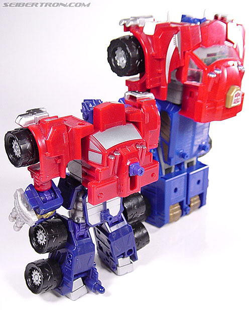 Transformers Armada Optimus Prime (STD Convoy) (Image #50 of 52)