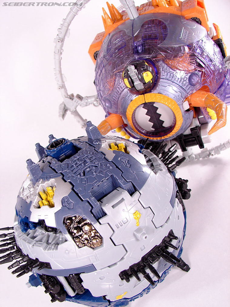 Transformers Armada Unicron (Image #44 of 259)