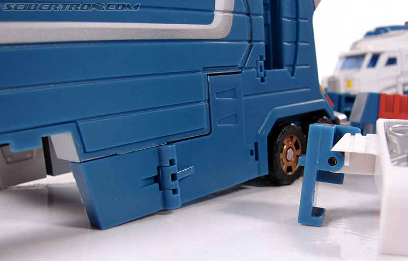Transformers 3rd Party Products TFX-01 City Commander (Ultra Magnus) (Image #106 of 269)