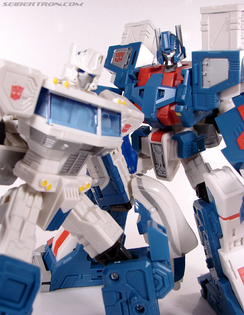 Transformers 3rd Party Products TFX-01 City Commander (Ultra Magnus) (Image #236 of 269)