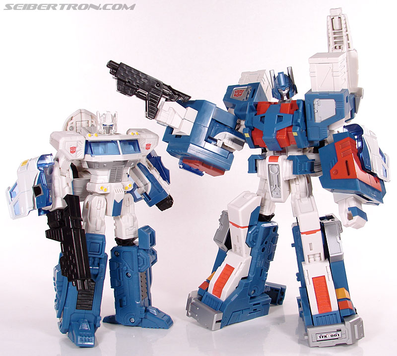 Transformers 3rd Party Products TFX-01 City Commander (Ultra Magnus) (Image #237 of 269)