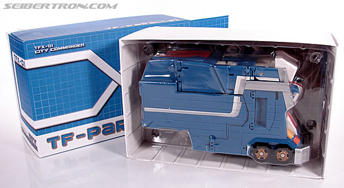 Transformers 3rd Party Products TFX-01 City Commander (Ultra Magnus) (Image #13 of 269)
