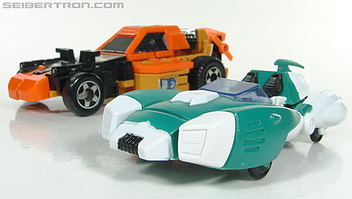 Transformers 3rd Party Products TRNS-02 Medic (Paradron Medic) (Image #40 of 122)