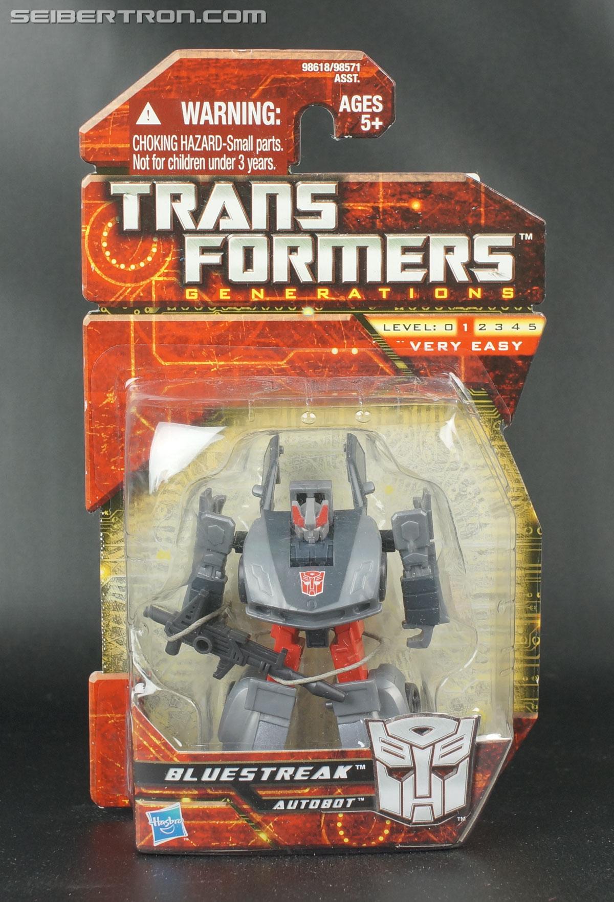 Transformers Generations Bluestreak (Silverstreak) (Image #1 of 101)