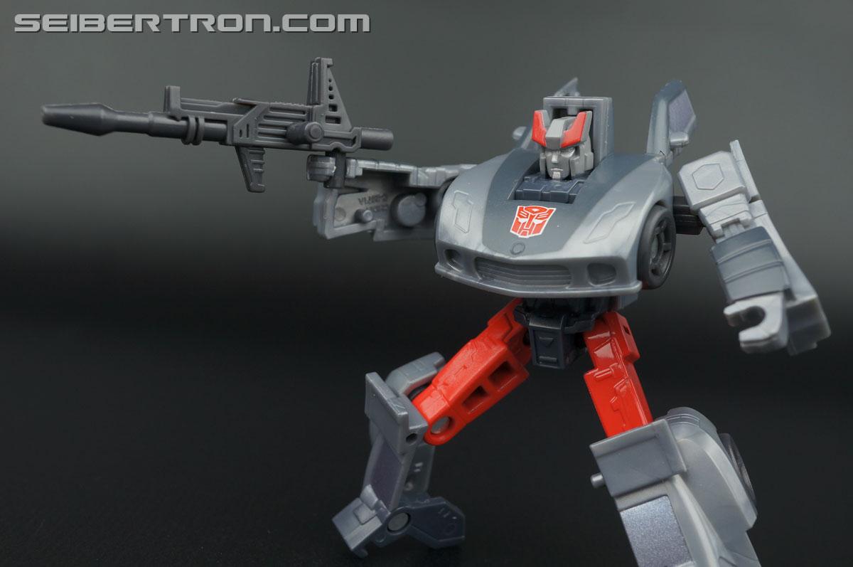 Transformers Generations Bluestreak (Silverstreak) (Image #69 of 101)