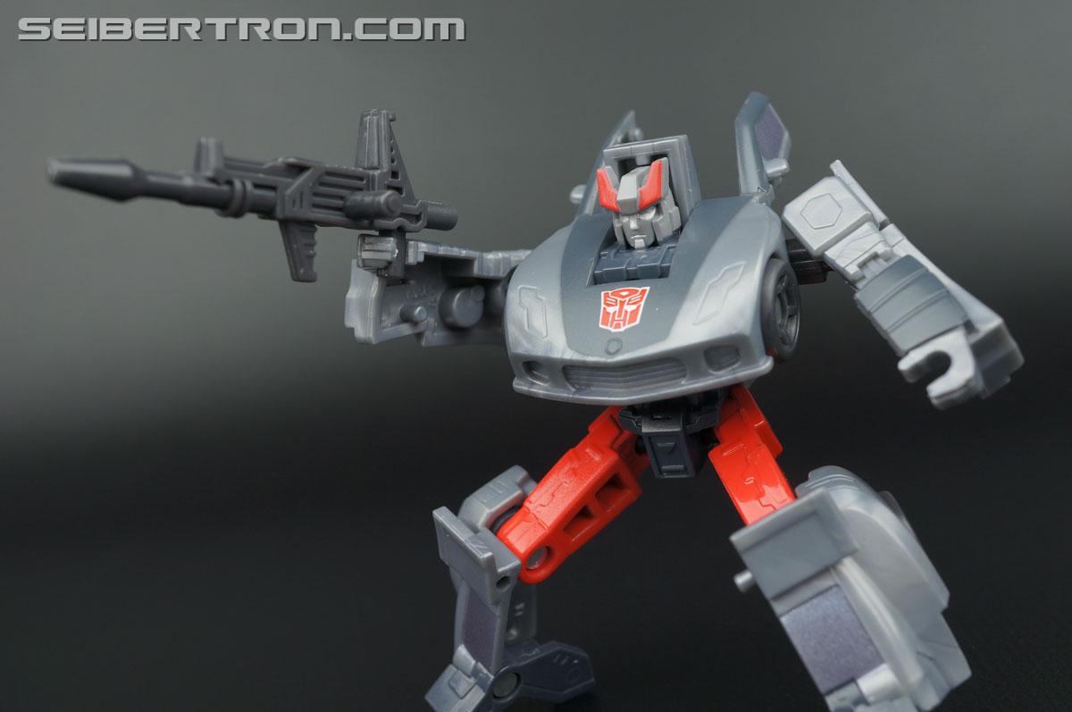 Transformers Generations Bluestreak (Silverstreak) (Image #84 of 101)
