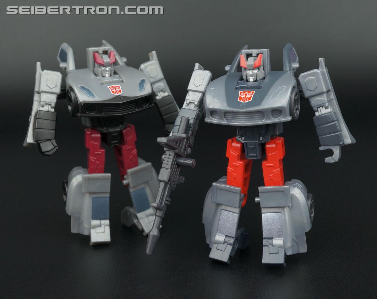 Transformers Generations Bluestreak (Silverstreak) (Image #88 of 101)