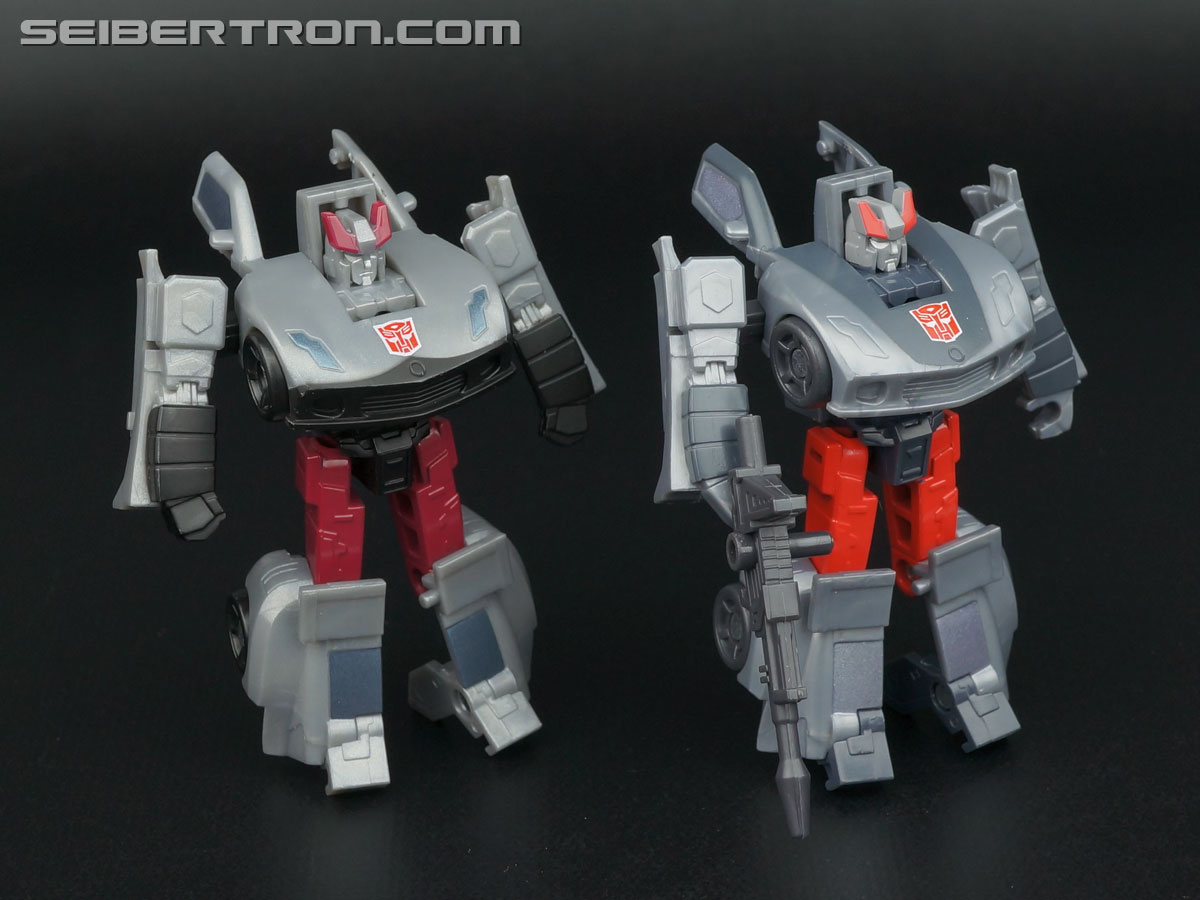 Transformers Generations Bluestreak (Silverstreak) (Image #90 of 101)
