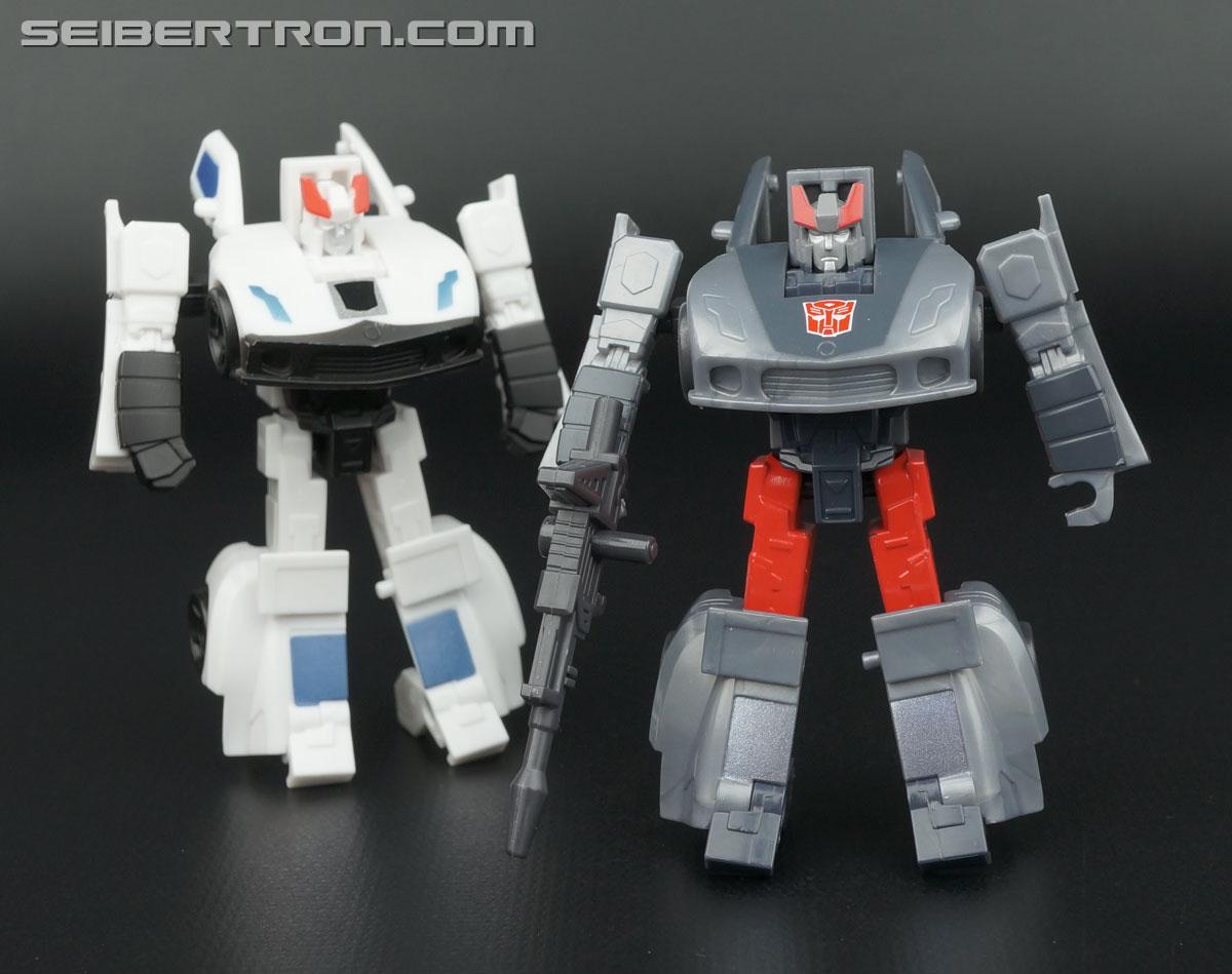 Transformers Generations Bluestreak (Silverstreak) (Image #96 of 101)