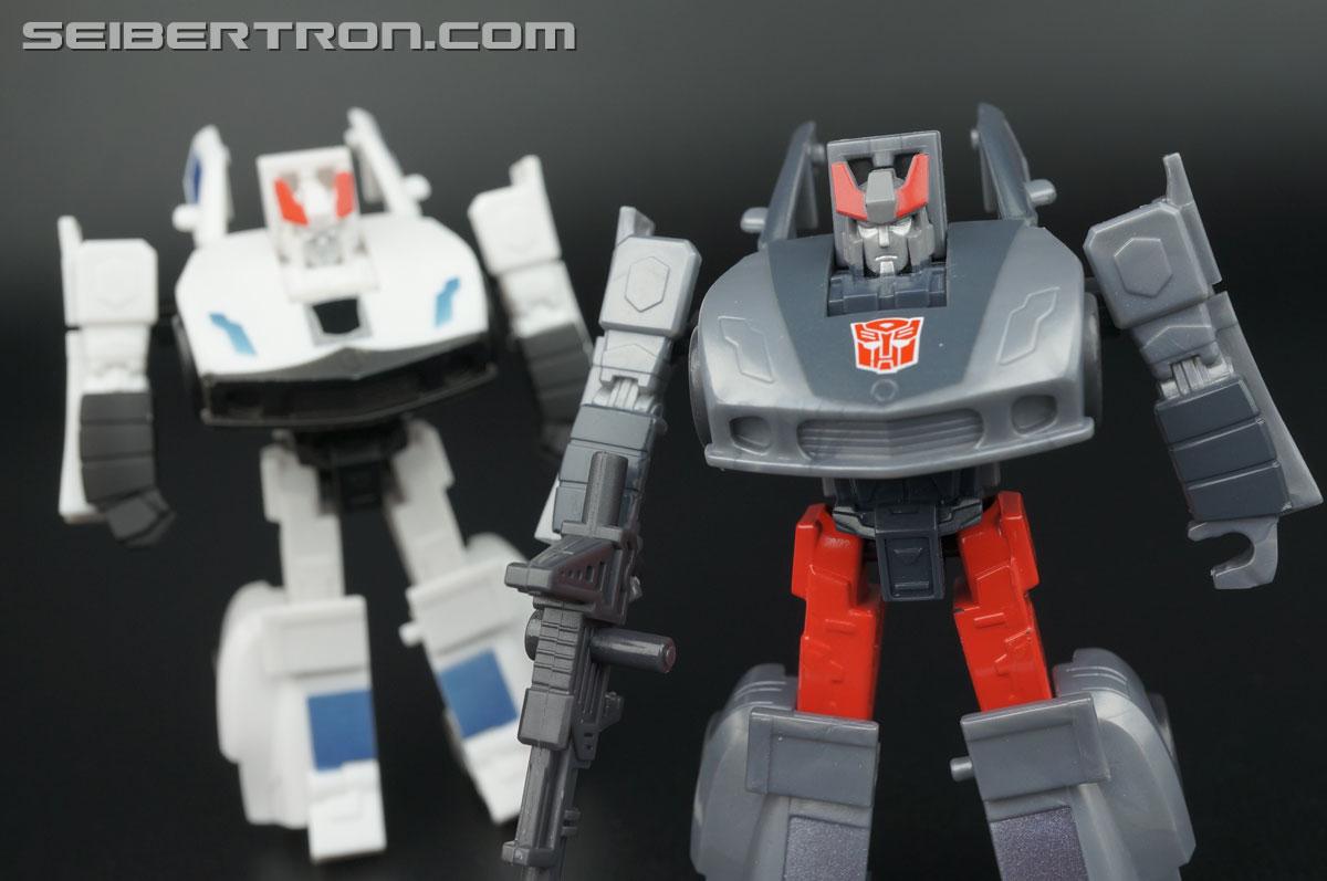 Transformers Generations Bluestreak (Silverstreak) (Image #97 of 101)