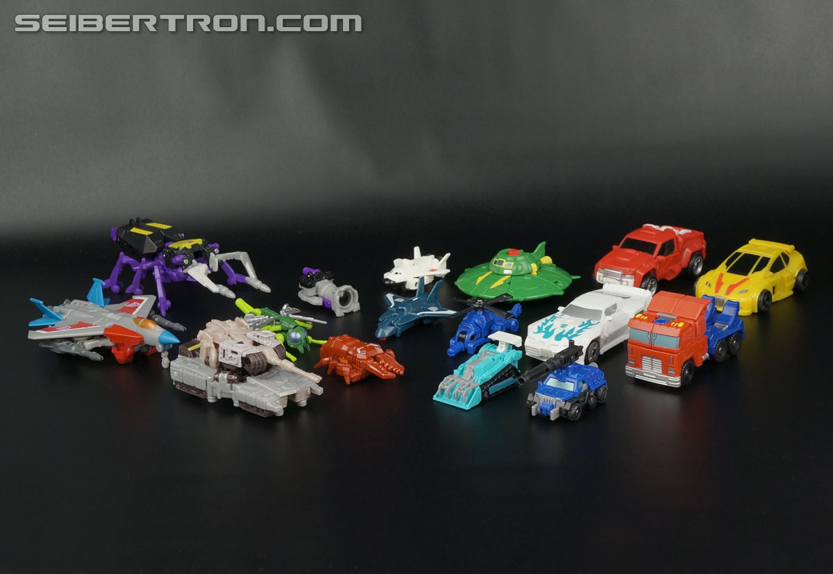 Transformers Generations Tailgate (Image #55 of 159)