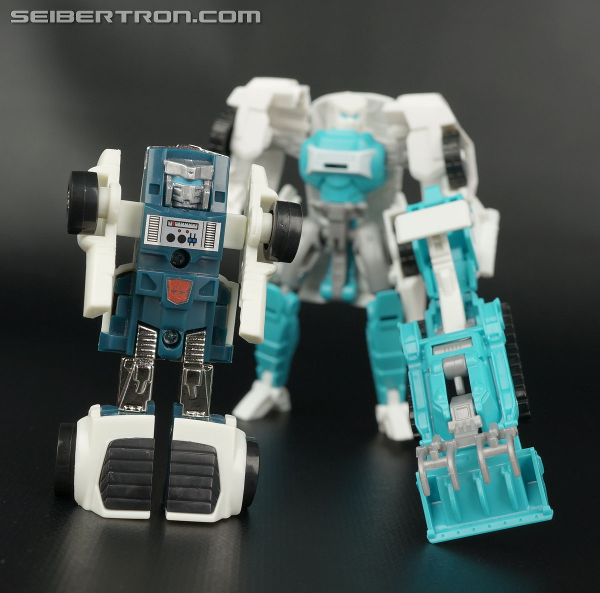 Transformers Generations Tailgate (Image #134 of 159)