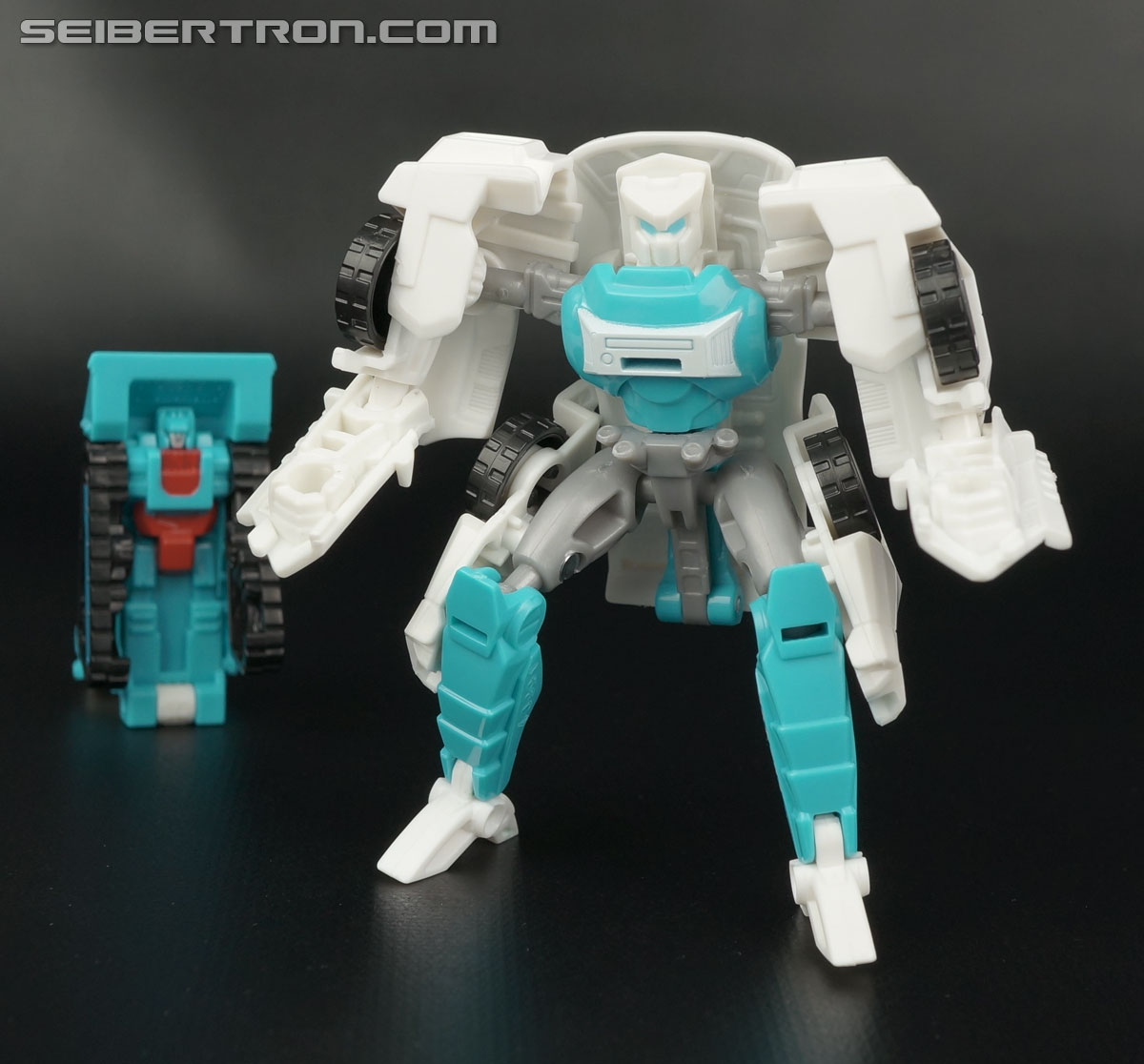 Transformers Generations Tailgate (Image #138 of 159)