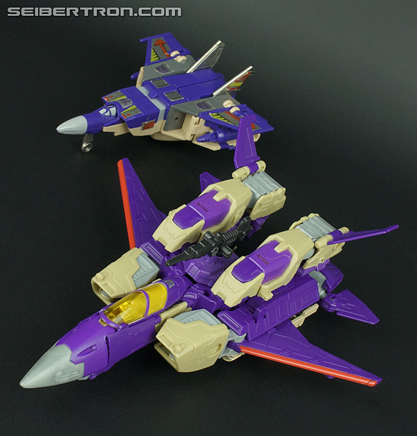 Transformers Generations Blitzwing Toy Gallery (Image #49 ...