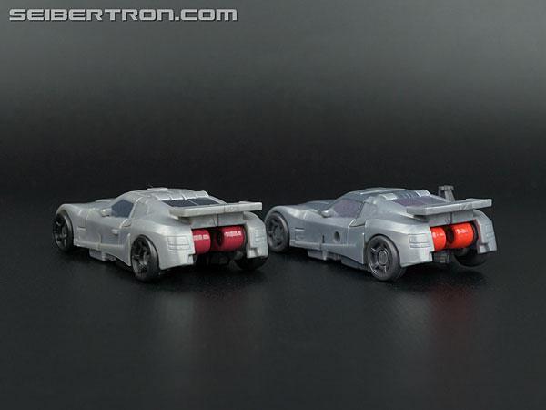 Transformers Generations Bluestreak (Silverstreak) (Image #32 of 101)
