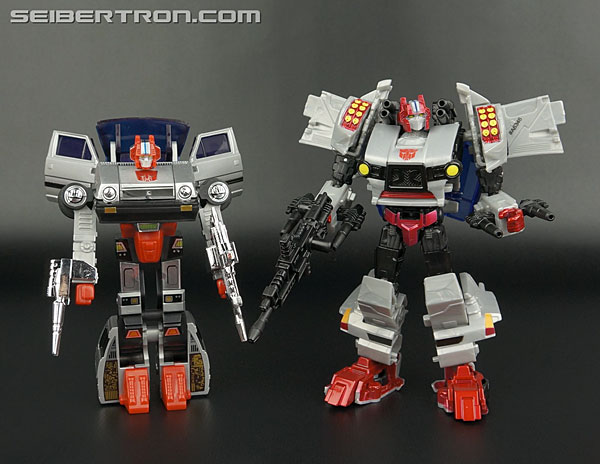 Transformers News: New Galleries: Generations Windblade, Nightbeat, Jhiaxus and Crosscut
