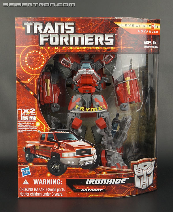 Transformers News: New Galleries: Generations GDO Leader Class Starscream and Ironhide