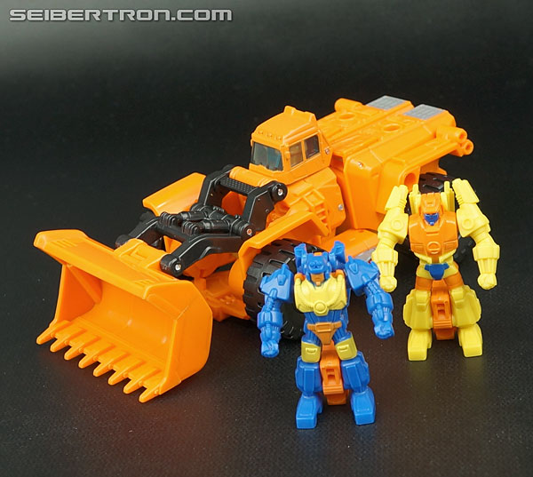 Transformers Generations Caliburst (Tracer) (Image #16 of 63)