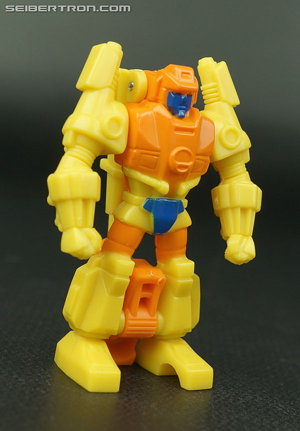 Transformers Generations Caliburst (Tracer) (Image #26 of 63)