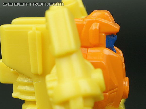 Transformers Generations Caliburst (Tracer) (Image #30 of 63)