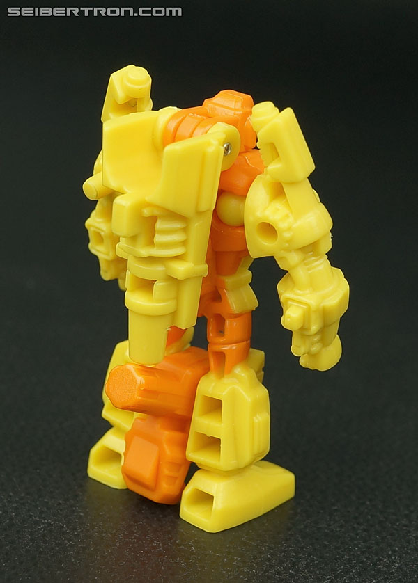 Transformers Generations Caliburst (Tracer) (Image #31 of 63)