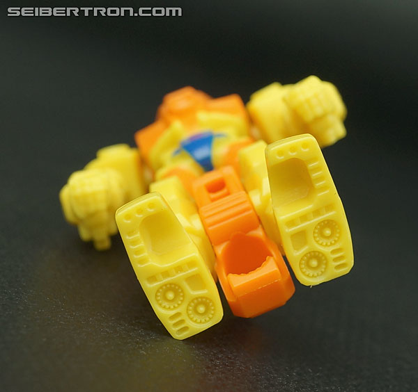 Transformers Generations Caliburst (Tracer) (Image #41 of 63)