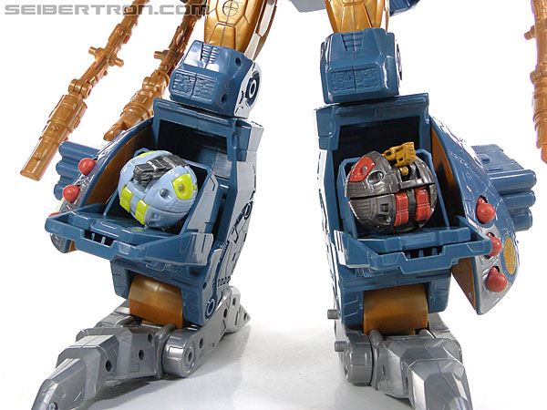 Transformers Generations Unicron (25th Anniversary) (Universal Dominator Unicron) (Image #247 of 262)