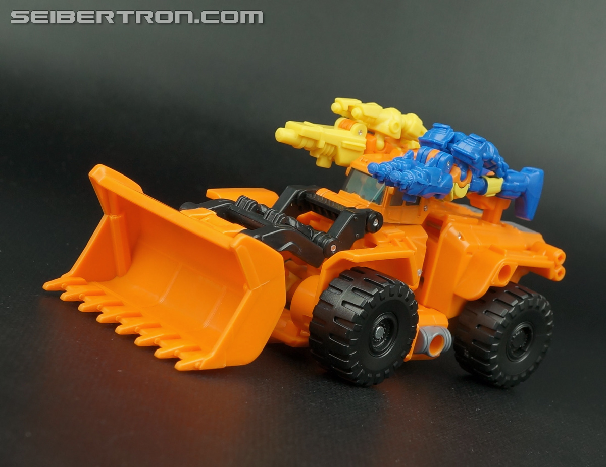 Transformers Generations Caliburst (Tracer) (Image #15 of 63)