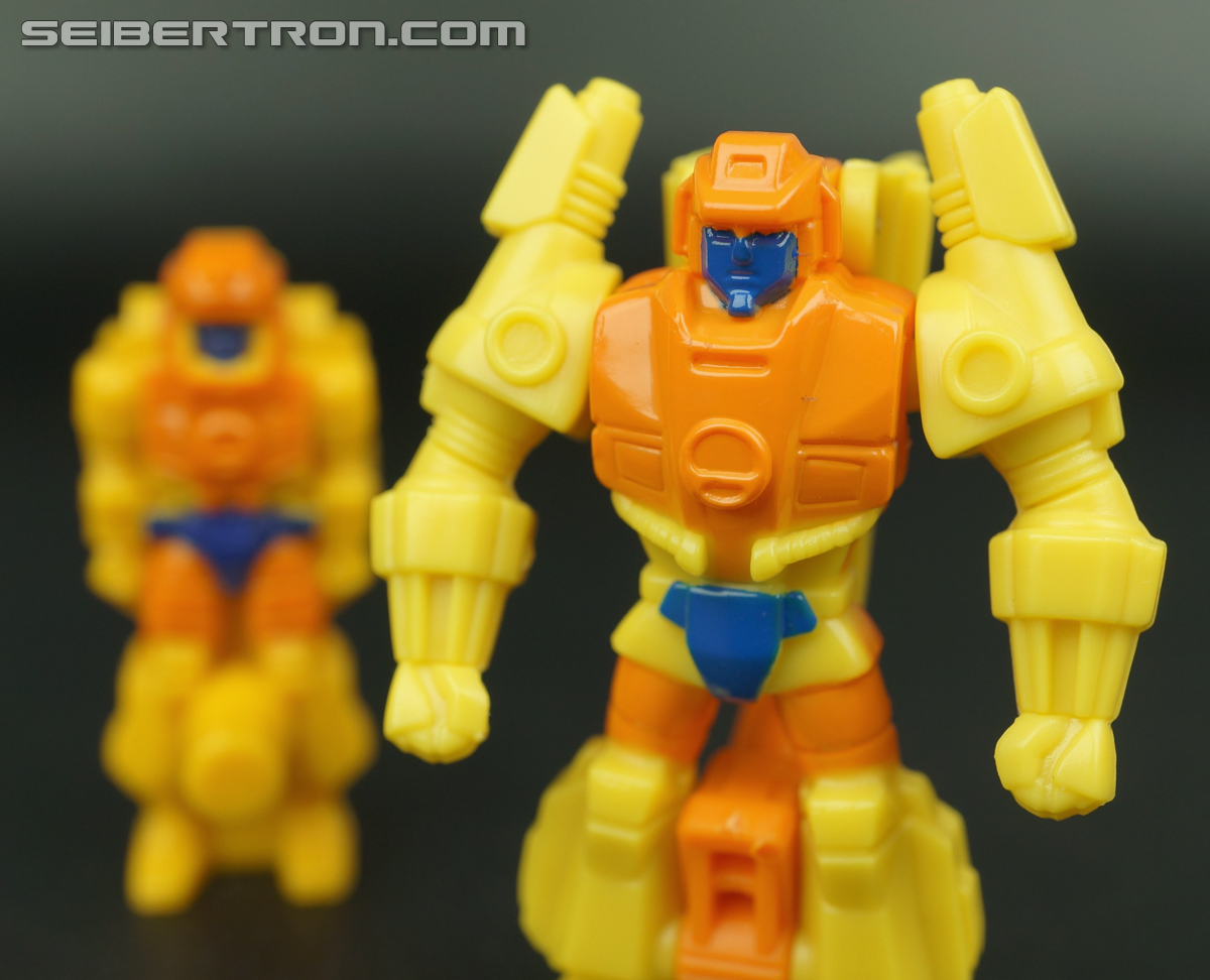 Transformers Generations Caliburst (Tracer) (Image #55 of 63)