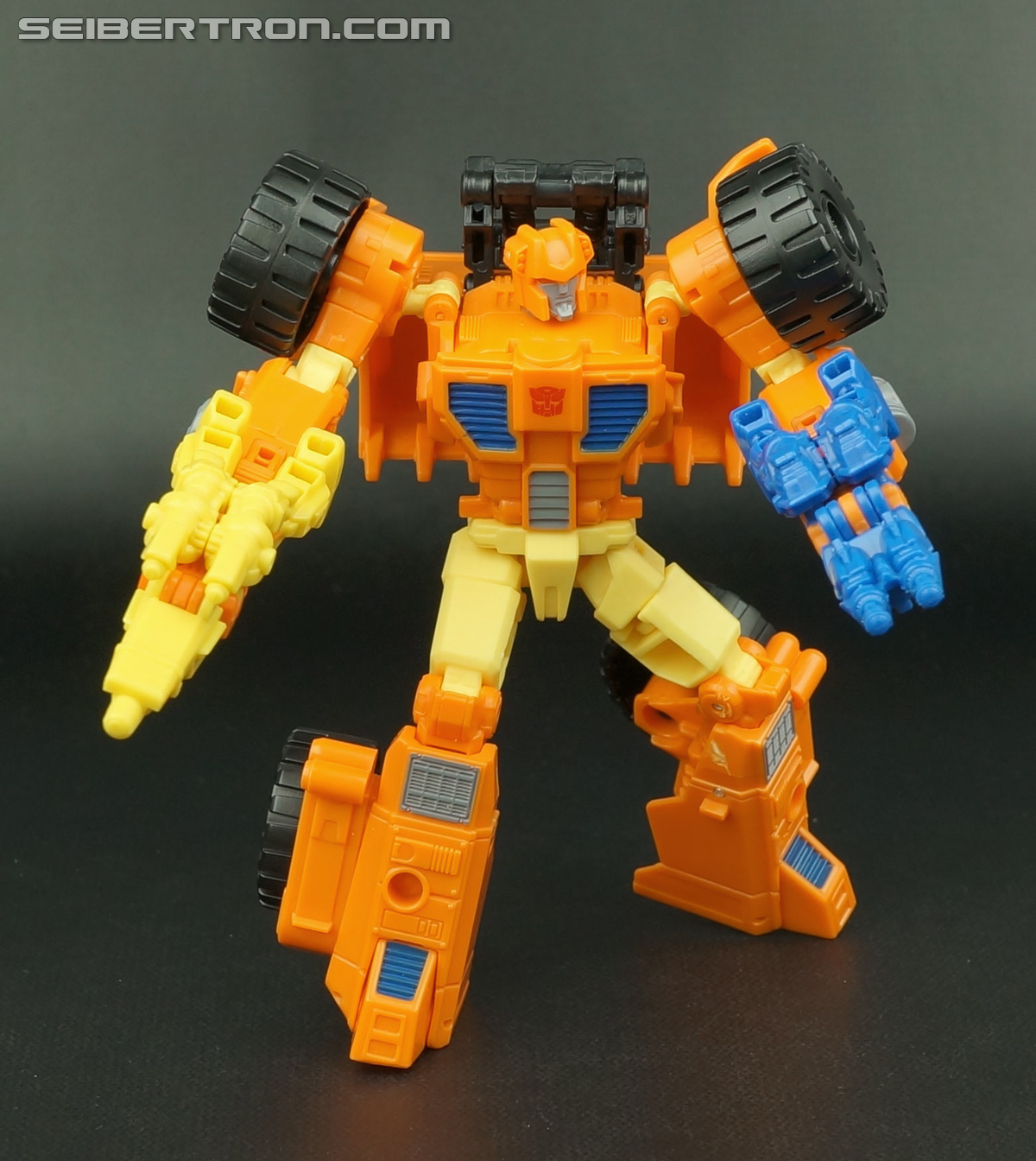 Transformers Generations Caliburst (Tracer) (Image #58 of 63)