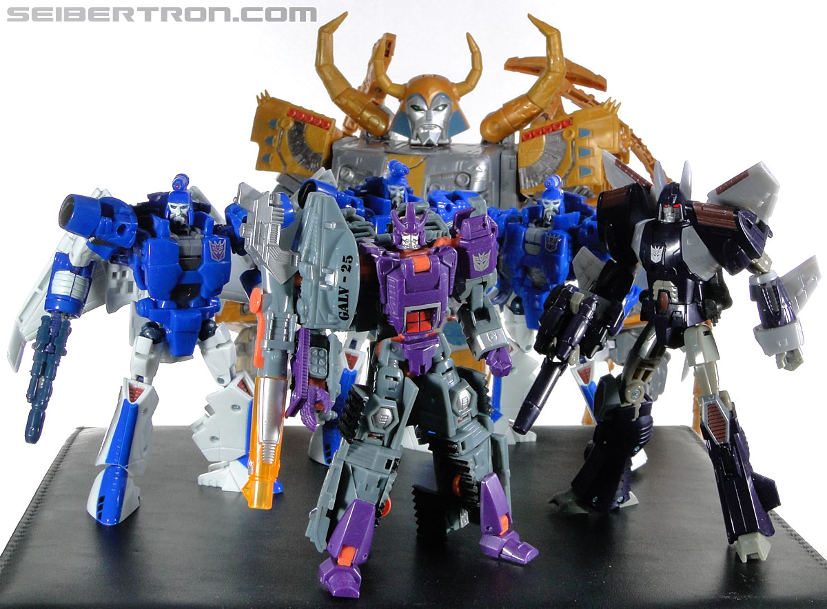 Transformers Generations Unicron (25th Anniversary) (Universal Dominator Unicron) (Image #259 of 262)