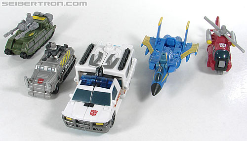 Transformers Power Core Combiners Stakeout with Protectobots (Image #37 of 176)