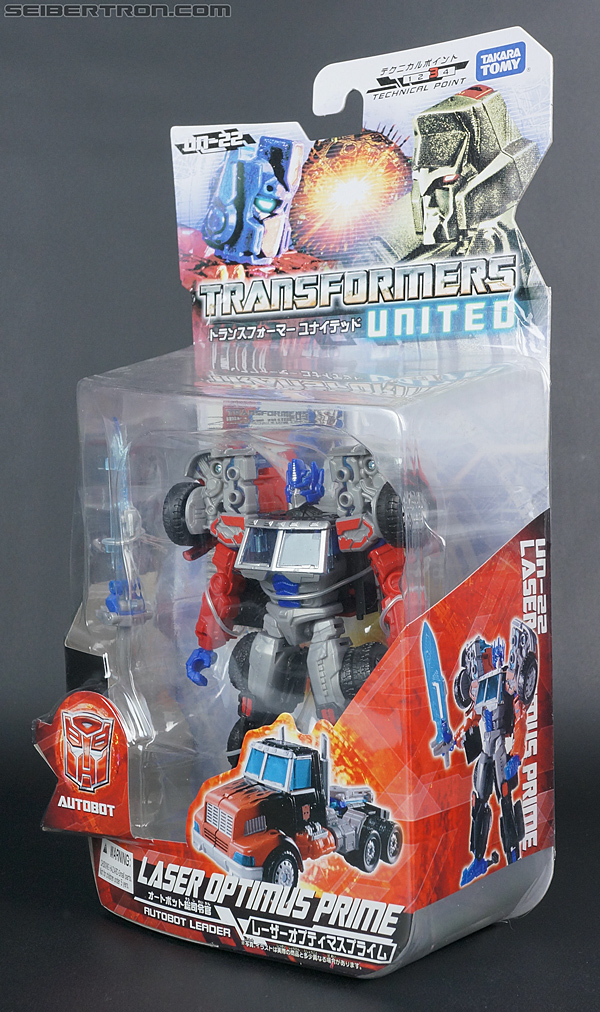 Transformers United Laser Optimus Prime (Image #15 of 133)