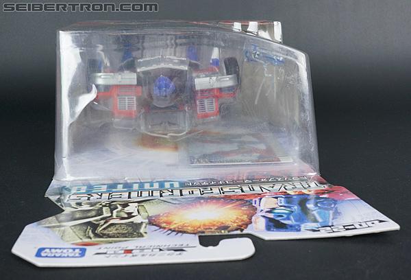 Transformers United Laser Optimus Prime (Image #19 of 133)