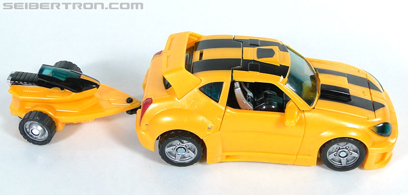 Transformers Reveal The Shield Bumblebee (Image #21 of 141)