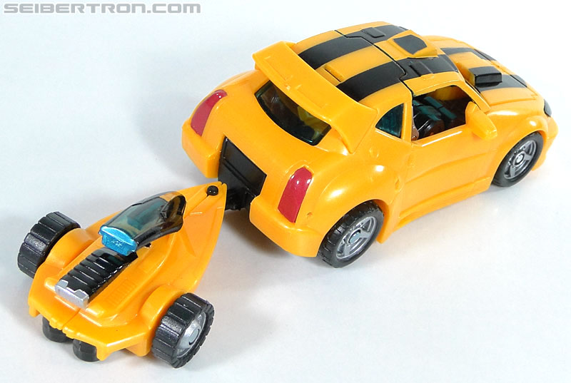 Transformers Reveal The Shield Bumblebee (Image #22 of 141)