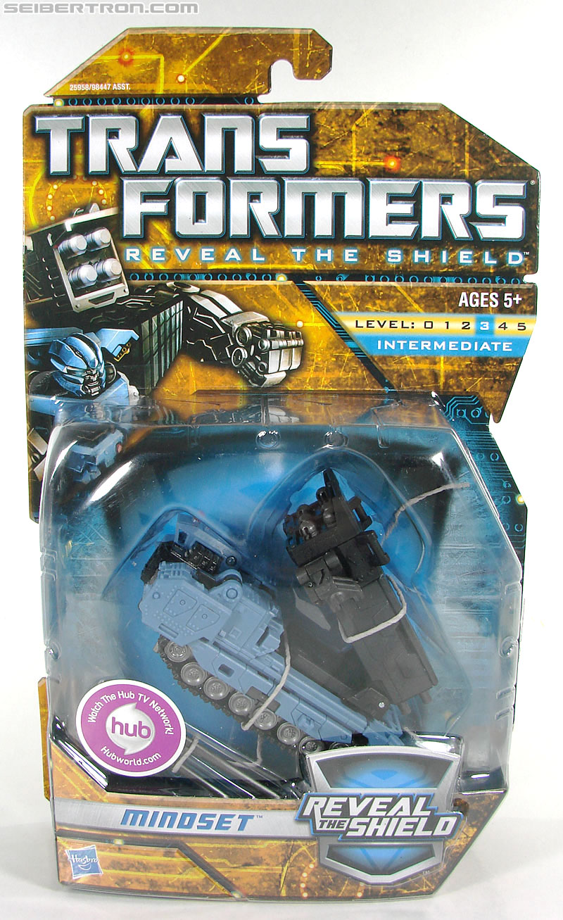 Transformers Reveal The Shield Mindset (Image #1 of 104)