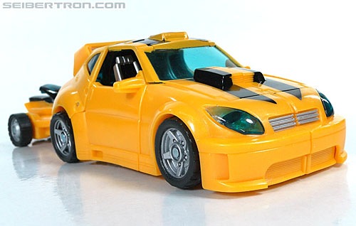 Transformers Reveal The Shield Bumblebee (Image #20 of 141)